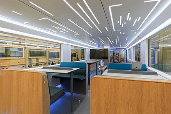 Немцы создали поезд будущего скачалкой ивидеоиграми