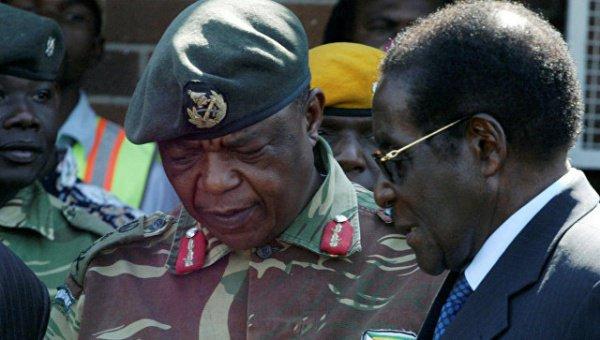 """Военные взяли президента Зимбабве """"под охрану""""."""