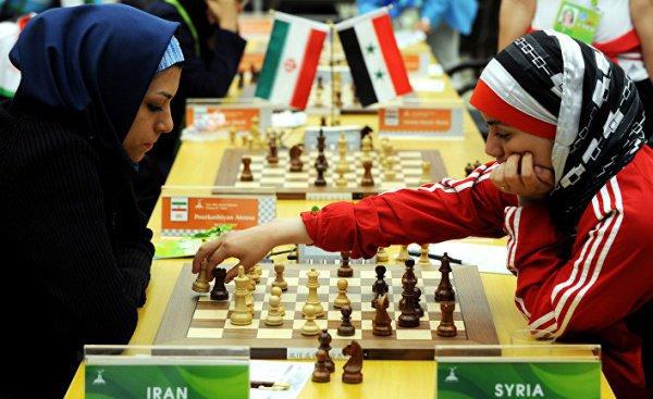 Участницы турнира сами будут решать, покрывать им голову, или нет.