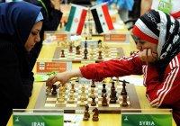 Участницам ЧМ по шахматам в Саудовской Аравии разрешили не надевать хиджаб