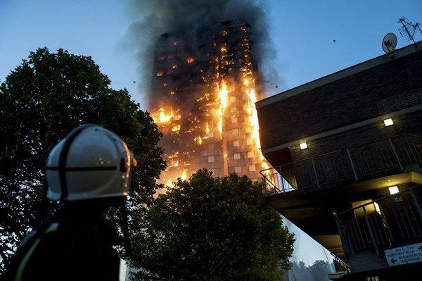Пожар в многоэтажном доме произошел 14 июня.