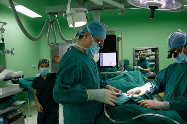 Отмечается, что трансплантация головы живого человека состоится в ближайшее время