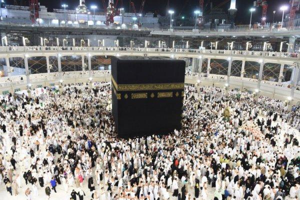 В Саудовской Аравии продолжается подготовка к сезону Умры.