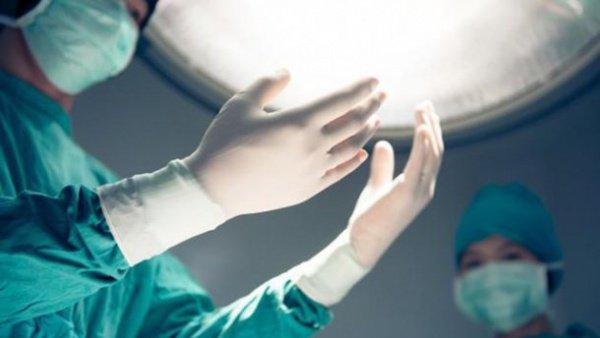 Индийские врачи были потрясены, увидев внутри пациента гвозди, монеты и гайки