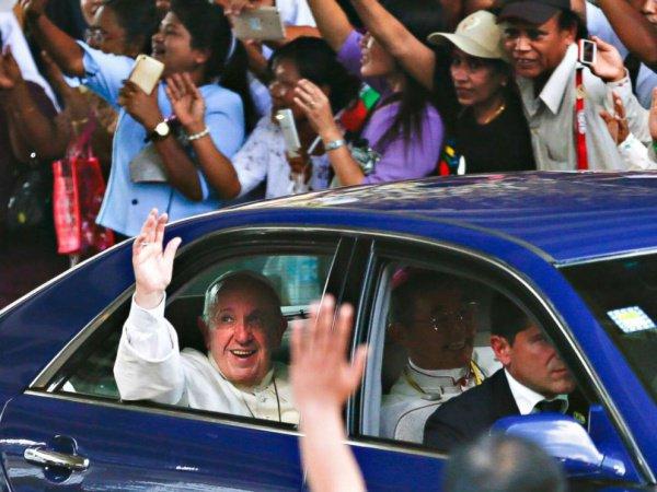 Папа Римский в Янгоне.