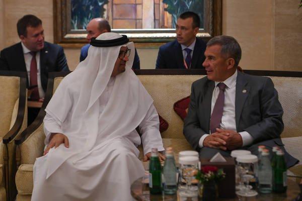 Султан Аль-Мансури и Рустам Минниханов.