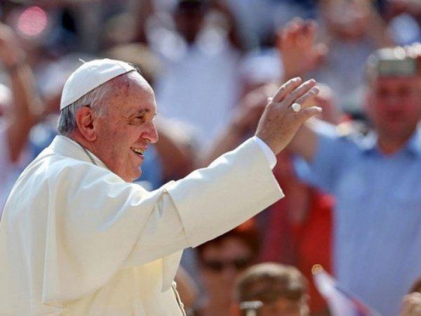 Папа Римский продолжает турне по странам Азии.