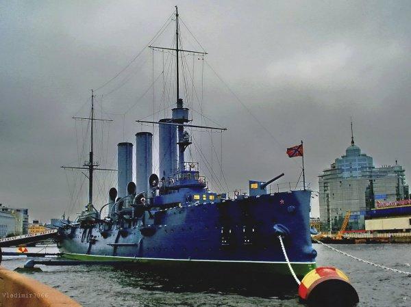 Крейсер «Аврора» небудет продан фастфуду за50 млн. руб.