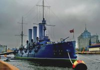 «Бургер кинг» намерен выкупить крейсер «Аврора»