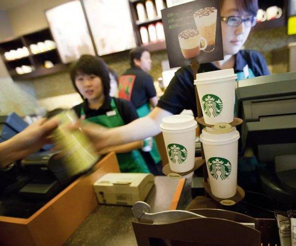 Сеть уже запустила больше 3 тыс кофеен в Китае и к 2021 году намерена увеличить эту цифру еще на 2 тыс точек