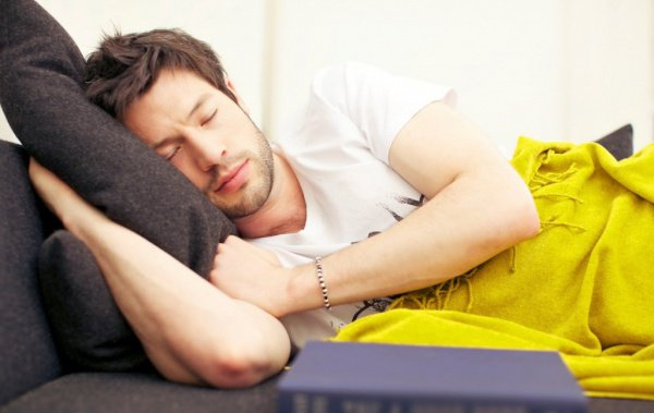 По словам ученых, «идеальным» для отдыха головного мозга является 10-часовой сон