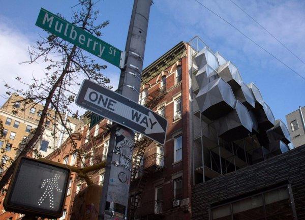 В Нью-Йорке колоссальной проблемой являются бездомные