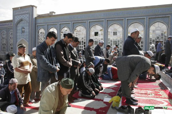 ВТаджикистане законодательно закрепили главенство государства над религией