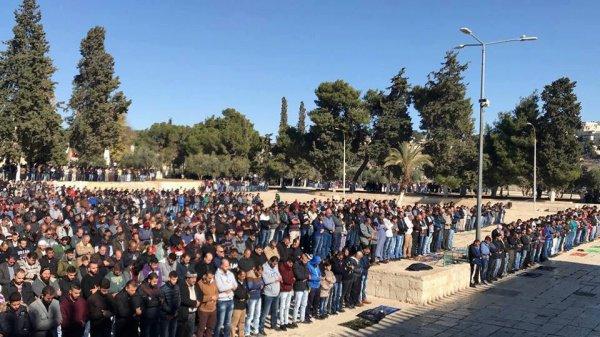 В Иерусалиме – многотысячные акции протеста мусульман (Видео)