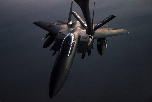 Самолеты армии США активно препятствуют уничтожению боевиков ИГИЛ