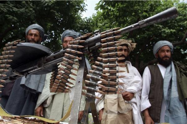 Талибы атаковали 2 находящихся по соседству поста в афганской провинции Гильменд в ночь с субботы на воскресенье