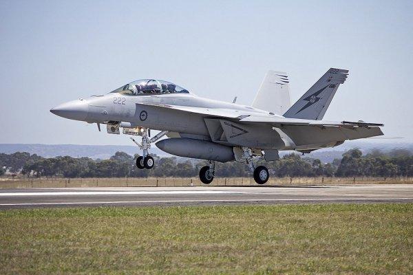 За это время было произведено в общей сложности свыше 2700 боевых вылетов