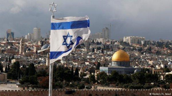 Израильские власти ведут переговоры о переносе посольств ряда стран в Иерусалим.