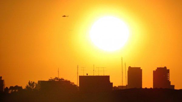 Специалисты предупреждают, по всей планете из-за глобального потепления будут наблюдаться более сильные тепловые волны при повышенной влажности