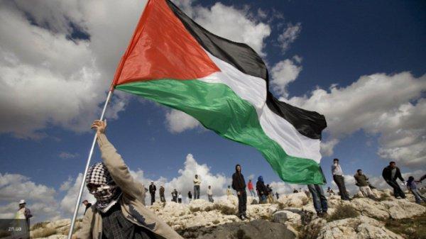 Палестинцы возмущены признанием Иерусалима столицей Израиля.