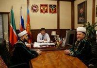 Муфтий РТ обсудил религиозную ситуацию с главой Кукморского района