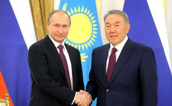 Назарбаев поздравил В. Путина с удачной операцией ВКСРФ вСирии