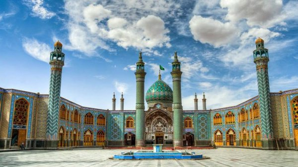 Мечетей в Азербайджане насчитывается 2250.