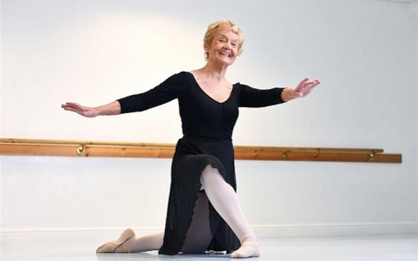 Ее официально признали самой возрастной балериной Соединенного Королевства