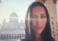 Певица Алсу «исполнила мечту», посетив мечеть шейха Зайда в ОАЭ