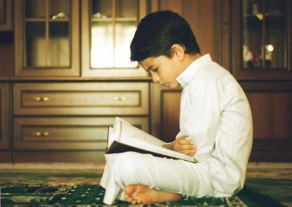 «Не скрывайте свидетельства. А у тех, кто скрывает его, сердце поражено грехом. Аллаху известно о том, что вы совершаете»