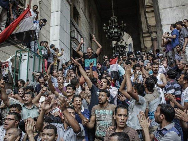Серия переворотов и массовых волнений прокатилась по арабским государствам в 2011 году.