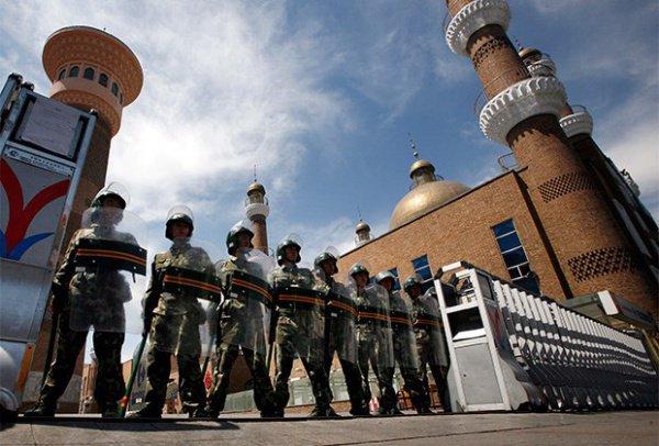 Китайские власти продолжают ущемлять права мусульман.