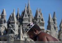 Бразилец прожил в замке из песка 22 года