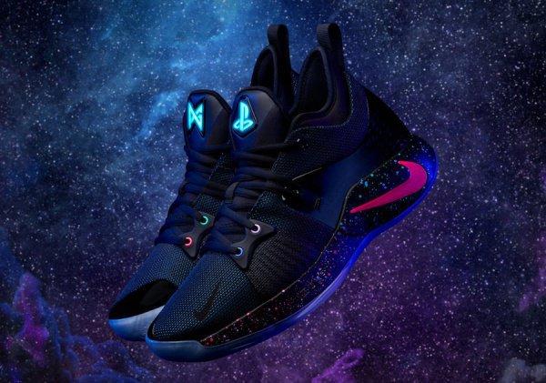 Nike вместе сбаскетболистом Полом Джорджем создали кроссовки встиле консоли PS