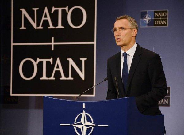 Йенс Столтенберг включил Россию в список мировых угроз.