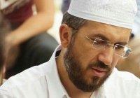 В Турции уволили проповедника, пообещавшего ад женщинам в брюках