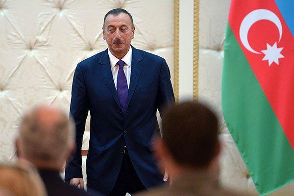 Ильхам Алиев заручился поддержкой религиозных лидеров Азербайджана.