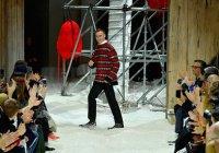 Модный показ Calvin Klein засыпали попкорном
