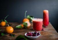 Ученые объяснили опасность фруктового сока