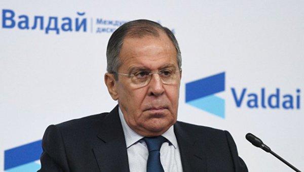 Сергей Лавров на конференции.