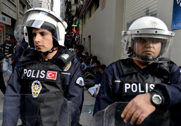 Турецкая полиция провела более 80 операций по задержанию противников операции в Африне