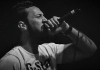 В Испании рэпер сел в тюрьму за песни о терроризме