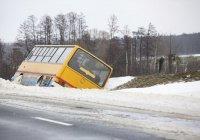 Автобус с пассажирами перевернулся в Казахстане (ВИДЕО)
