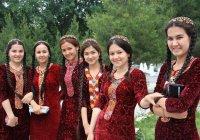 В Туркменистане женщинам на 8 марта подарят по $11