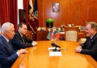Камиль Исхаков обсудил с главой Дагестана сотрудничество в религиозном образовании