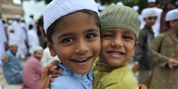 «О человеке судите по его другу, ведь он берёт себе в друзья лишь подобного себе!»