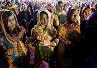 Жителей Пакистана обязали указывать вероисповедание в документах