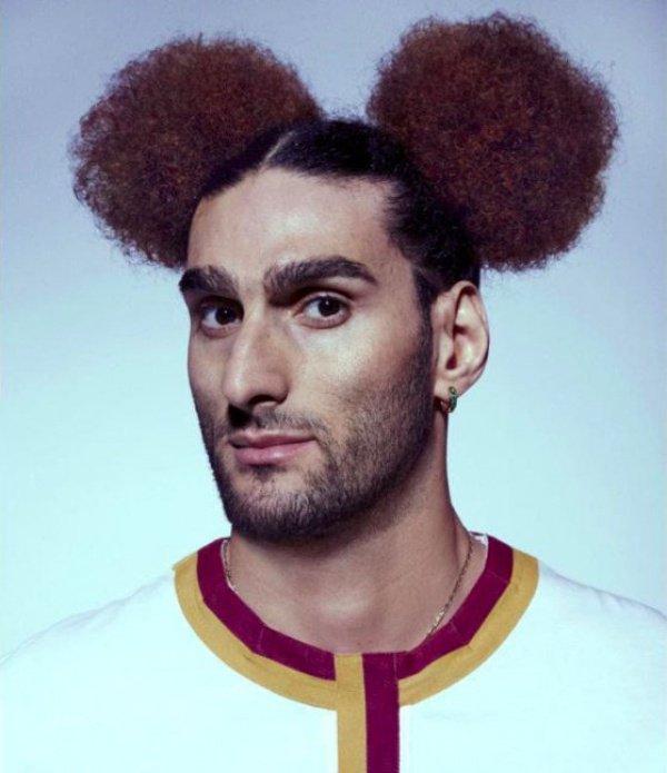 Фотографии футболиста в образе Микки-Мауса взорвали Интернет