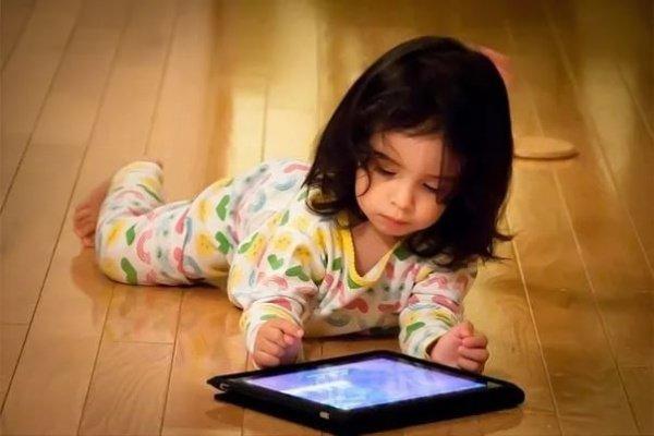 Современные дети потребляют практически весь основной медиаконтент, причем в огромном объеме