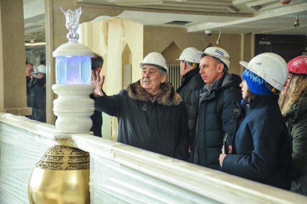 """Минтимер Шаймиев в гостинице """"Кул Гали""""."""